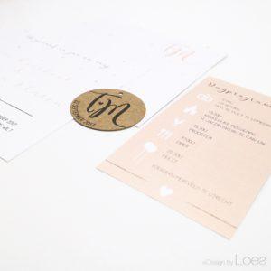 Trouwkaart op Maat Design by Loes chic parelmoer zalm