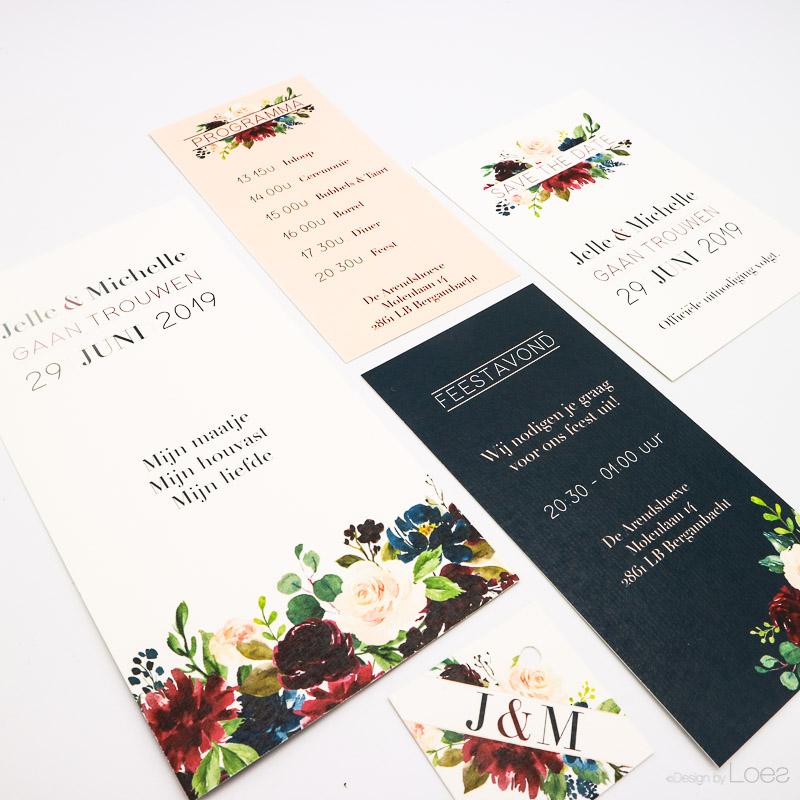 Trouwkaart Best day Ever gepersonaliseerd voor Rinze en Nina, kleurrijk, speels met kraft papier
